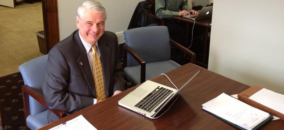 Live Chat with Sen. Jeb Bradley